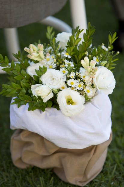 wedding ceremony styling. photo: sarah wood photography